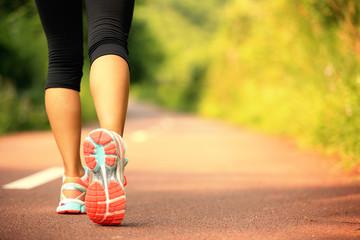筋肉をたくさん使って歩こう!