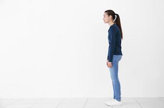 ココロとカラダの健康づくり〜姿勢の意識