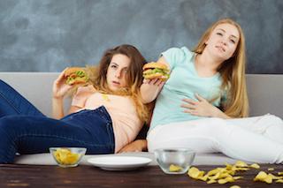 食べ過ぎ飲み過ぎは、風邪の元!